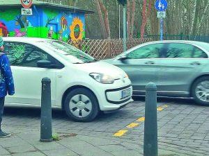 Eltern-Taxis: Verkehrschaos vor Schulen