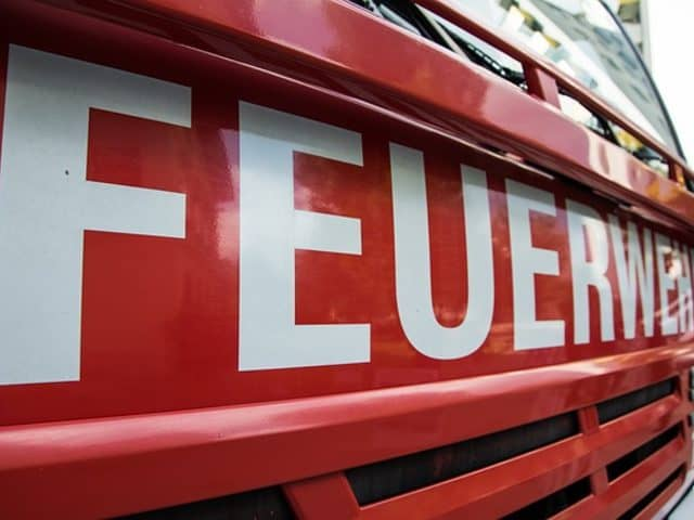 Brand in Hochhaus am Wilhelmsruher Damm