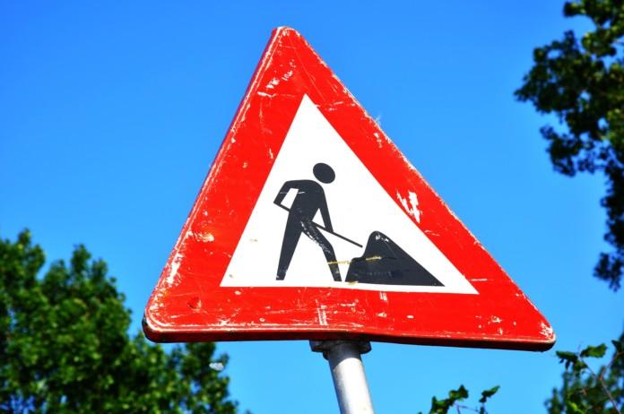 Bauarbeiten-Schild