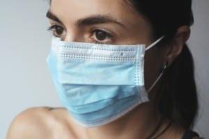 Gratis-Masken für Menschen mit geringem Einkommen