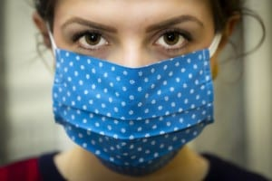Unkomplizierter gegen das Virus