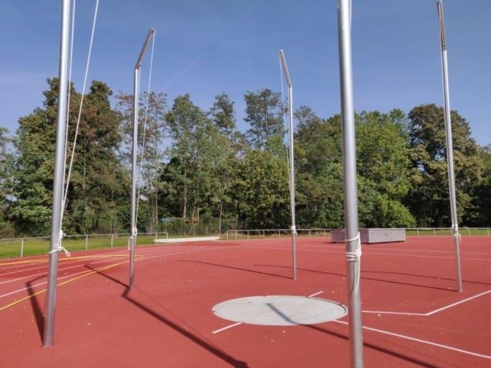 Diskuswurfanlage auf Sportplatz