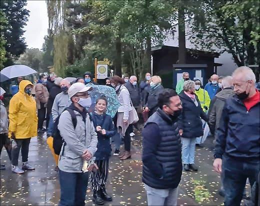 Menschen bei einer Demonstration