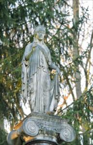 Hoffnung über dem Grab
